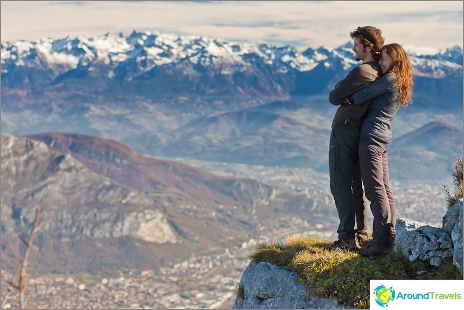 Насладете се на гледката към планината