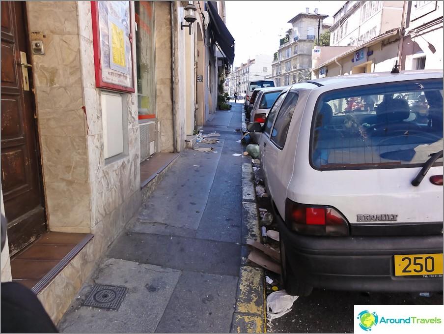 Hieman likainen Marseille.
