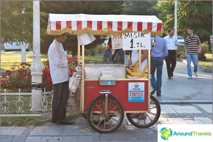 Истанбул е столицата на царевицата.