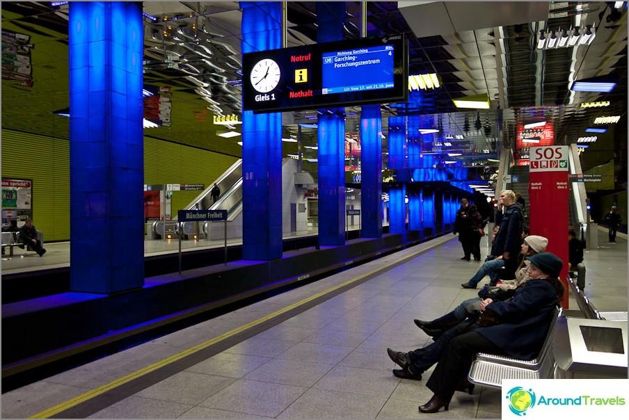 Metro Münchenissä.
