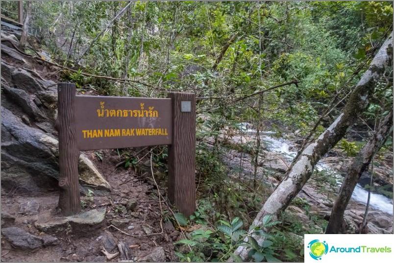 Tham Nam Rak -vesiputous
